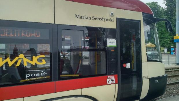 Marian Seredyński jest patronem tramwaju Pesa Swing o numerze bocznym 1043.