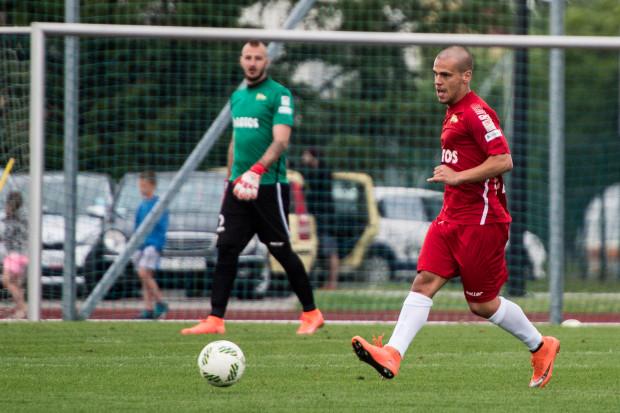 Aleksandar Kovacević kończy wypożyczenie w Śląsku. Jego rodak (w tle) - Vanja Milinković-Savić jest jednym z dwóch piłkarzy Lechii Gdańsk, którzy zagrają w finałach młodzieżowych mistrzostw Europy.