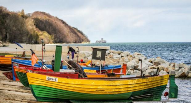 Łodzie na Oksywiu wyglądają na zdjęciach malowniczo, ale rybacy wciąż nie mają komfortu pracy.