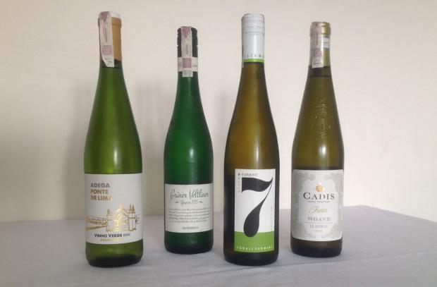 Sommelier Radzi Testujemy Białe Wina Z Biedronki I Lidla