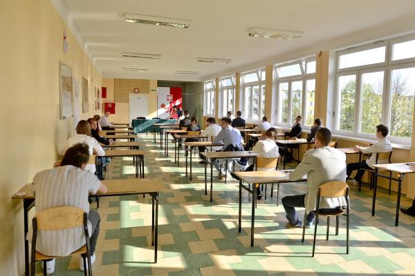 Wyniki egzaminów zaważą na dalszym losie absolwentów gimnazjów i będą brane pod uwagę podczas rekrutacji do szkół ponadgimnazjalnych.