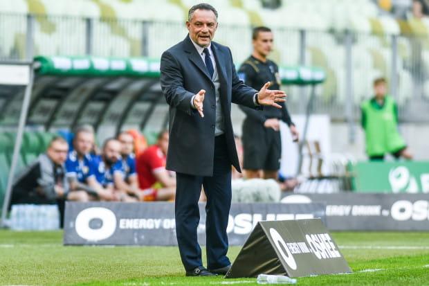 Piotr Nowak twierdzi, że najbardziej liczy się dla niego stabilizacja, która gwarantuje brak zmartwień o to, czy w nowym sezonie klub będzie w górnej ósemce.