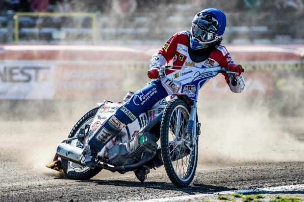 Aureliusz Bieliński w czterech biegach podczas turnieju w Tarnowie za każdym razem kończył na innej pozycji.