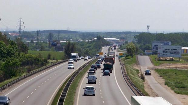 Na Obwodnicę Trójmiasta z każdym rokiem wjeżdża coraz więcej samochodów.