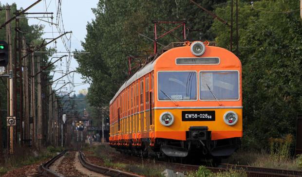SKM zapewnia, że ostatni pociąg EW58-028 nie zostanie przeznaczony na złom. Zdjęcie z 2011 r.