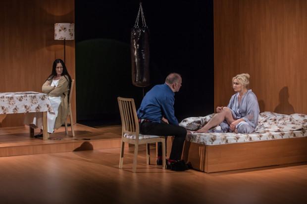 """W Teatrze Wybrzeże pojawił się nowy spektakl z gatunku dramatu psychologicznego - """"Mary Page Marlowe"""" w reż. Adama Orzechowskiego"""