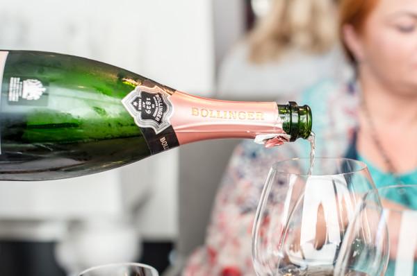Bollinger jest jedną z najbardziej rozpoznawalnych marek szampana na świecie. Swój sukces zawdzięcza m.in. filmom z Jamesem Bondem.