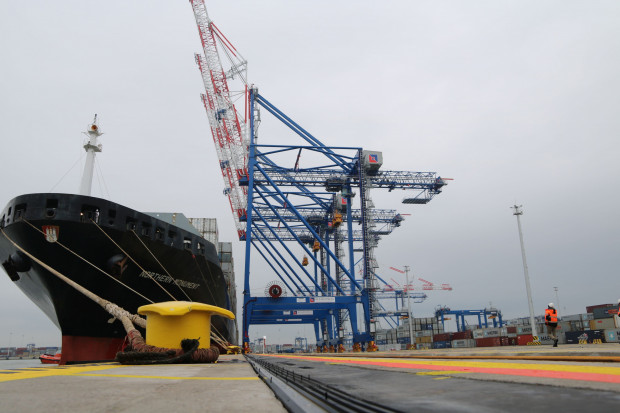 Na wyniki portu niewątpliwie ma wpływ rozwój terminala kontenerowego DCT.
