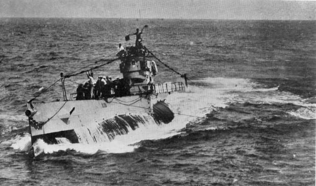 ORP Jastrząb na zdjęciu jeszcze pod banderą amerykańską jako S-25, w latach swojej świetności.