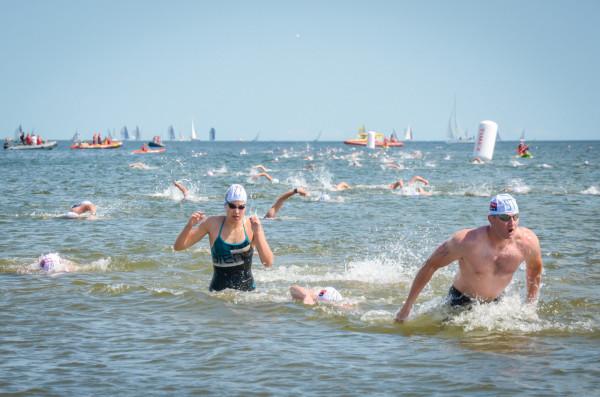 Uczestnicy Timex Cup mają do pokonania 1200 m dookoła sopockiego molo.