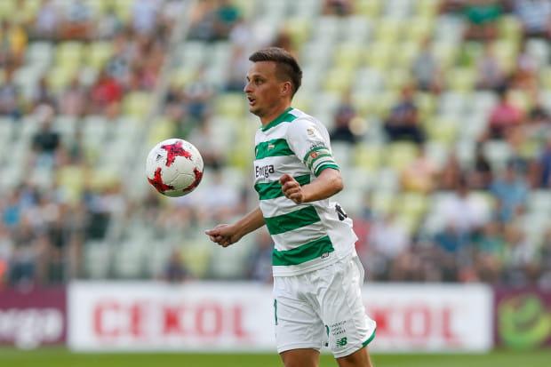 Sławomir Peszko początek sezonu w wykonaniu Lechii musiał obserwować z trybun. Jego powrót na boisko wypadł obiecująco ale biało-zieloni i tak zaliczyli trzeci kolejny mecz bez wygranej.