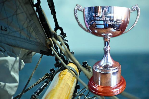 Trofeum dla żaglowca STS Generał Zaruski za 3.miejsce w wyścigu na trasie Kłajpeda - Szczecin podczas The Tall Ships Races 2017.