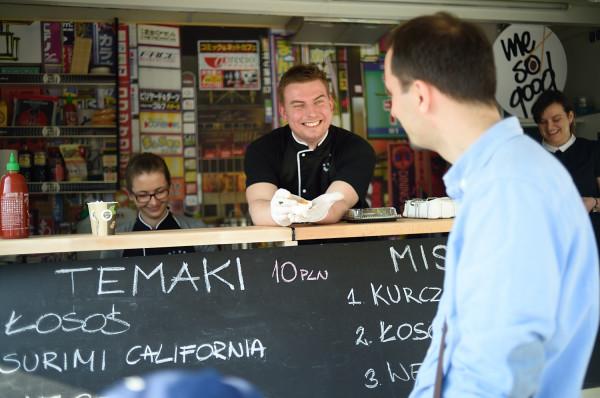 Pokazom lotniczym będzie towarzyszył Festiwal Smaków Food Trucków.