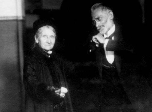 Anna Tuschinski oraz Feliks Zamenhof (brat Ludwika) na balu zorganizowanym podczas XIX Światowego Kongresu Esperantystów, 1927 r. (ze zbiorów ÖNB Wien)