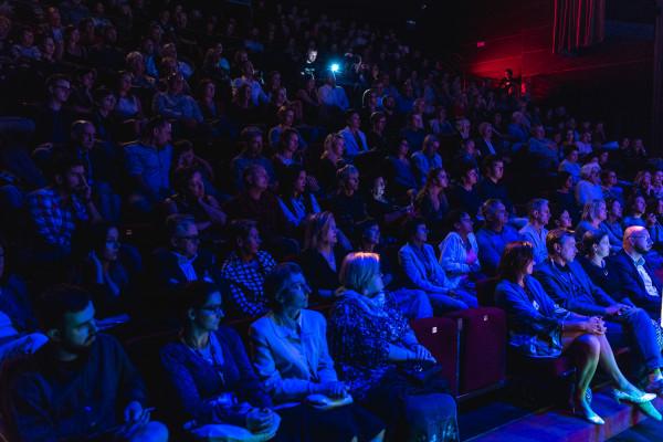 Publiczność festiwalu Ladies'Jazz chętnie uczestniczy zarówno w koncertach największych gwiazd, jak i młodych, utalentowanych artystek, czego dowodem była frekwencja podczas występu Krystyny Durys.