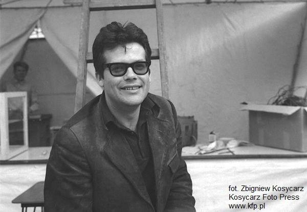 - Wielokrotnie jako dziecko odwiedzałam moją rodzinę mieszkającą przy ulicy Reja. Wujkiem chrzestnym był Konstanty Gorbatowski, świetny malarz i jeden z najbliższych przyjaciół Zbyszka. Pamiętam jak uwielbiali przesiadywać w SPATiF-ie. A ja razem z nimi (śmiech) - wspomina Małgorzata Potocka.