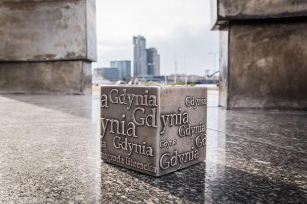 Wręczenie Nagród Literackich Gdynia czwórce laureatów obudowano festiwalem Dni Nagrody Literackiej Gdynia, podczas których odbędzie się m.in. koncert Tymona Tymańskiego.