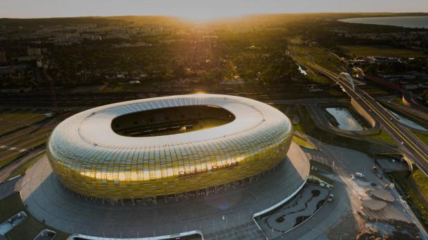 W ciągu kilku lat tereny wokół stadionu będą się intensywnie zabudowywać, dlatego potrzebne jest przywrócenie regularnych połączeń SKM do Letnicy.