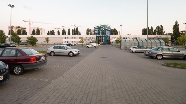 Market budowlany Praktiker wraz z parkingiem to największa działka w granicach planu.