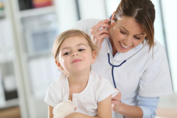 Chcesz zamówić wizytę lekarza do domu i nie wiesz jak się do tego zabrać? Na pomoc przychodzi wezwijdoktora.pl - lekarskie wizyty domowe dla dzieci i dorosłych pod jednym numerem.