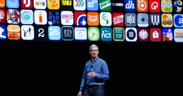 Tim Cook objął fotel dyrektora generalnego Apple inc. w 2011 r. po rezygnacji Steve'a Jobsa.