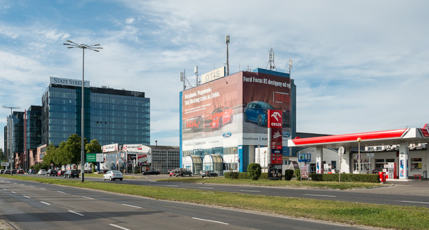 Budynek OTIS przy al. Grunwaldzkiej, który wkrótce zostanie wyburzony pod realizację dwóch biurowców dewelopera Skanska.
