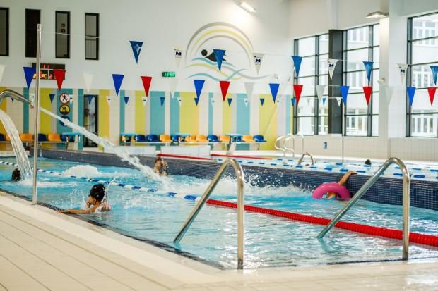 Internetowa sprzedaż karnetów i pojedynczych wejściówek to spore ułatwienie dla korzystających z gdańskich pływalni.