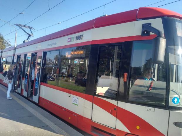 Eduard Wiebe jest patronem tramwaju Bombardier o numerze bocznym 1007.