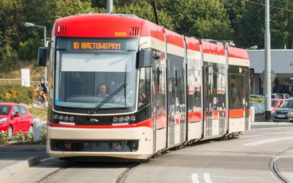 15 dwukierunkowych tramwajów Jazz Duo pojawi się w Gdańsku, jeśli Centrum Unijnych Projektów Transportowych przyzna miastu 70 mln zł dotacji na ten cel.