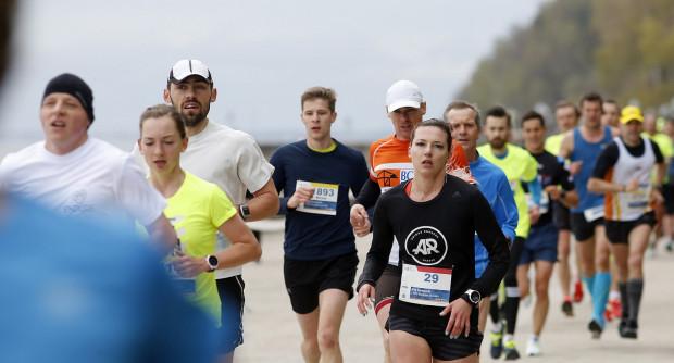 Na bulwarze Nadmorskim powstanie z kolei osobna bieżna dla fanów biegania.