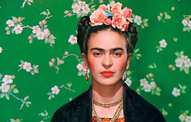 """Słuchacze Akademii 30+ obejrzą wystawę """"Frida Kahlo i Diego Rivera. Polski kontekst"""" w Centrum Kultury Zamek w Poznaniu."""
