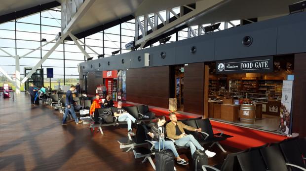 Liczba pasażerów na lotnisku w Gdańsku rośnie od początku roku i na koniec września osiągnęła poziom ponad 3,5 mln.