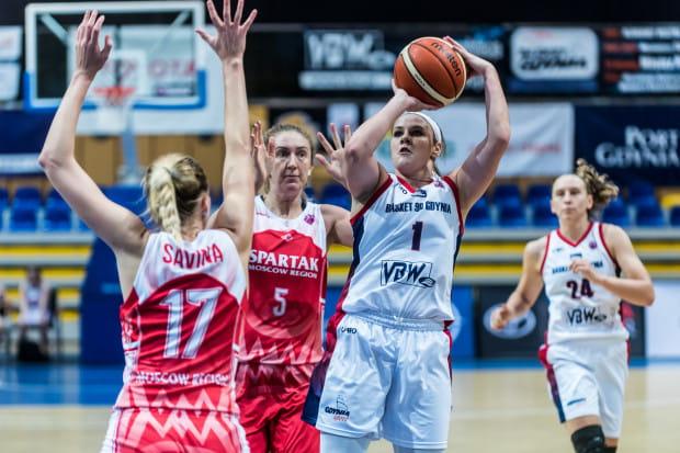 Tori Jankoska jako jedyna rezerwowa zdobyła w czwartek punkty dla Basketu 90.