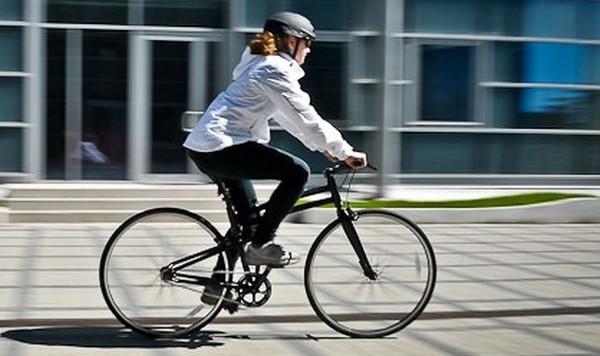 Praktycznie z każdej dzielnicy można dotrzeć rowerem do samego centrum Gdyni, Sopotu i Gdańska. Są jednak miejsca, które nie są łatwe do pokonania dla początkujących.