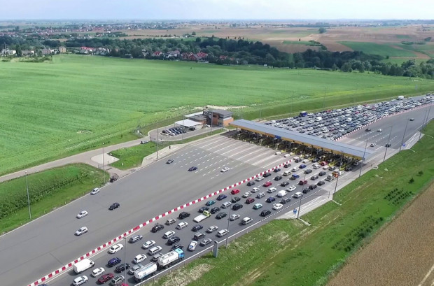 Podniesienie szlabanów ma zmniejszyć korki na bramkach na A1. Nie oznacza to jednak, że autostradą można jechać bez biletu.