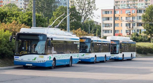 Bilet przez telefon to rozwiązanie szczególnie przydatne w Gdyni, gdzie nie ma biletomatów, a kierowcy autobusów i trolejbusów sprzedają karnety.