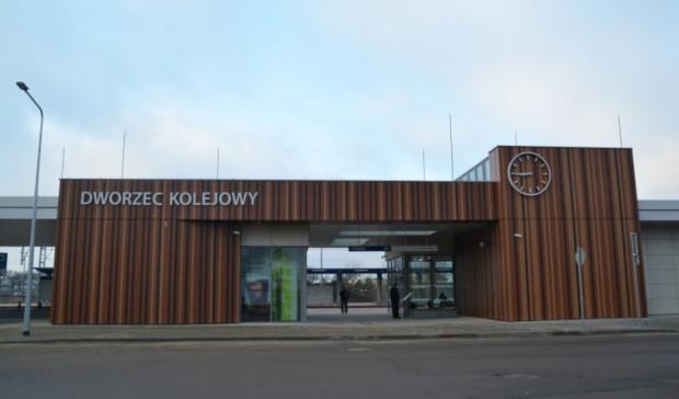 Dworzec systemowy w Ciechanowie. Podobnej rangi gmach dworca planowany jest we Wrzeszczu.