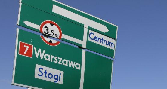 Budowa kilku odcinków drogi S7 do Warszawy zostanie wstrzymana, prawdopodobnie do 2013 roku.