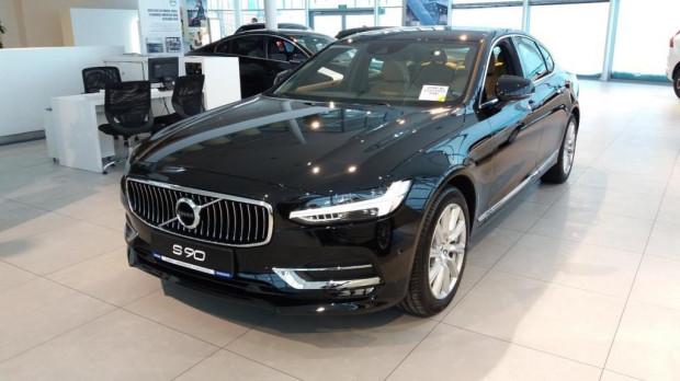 Trójmiejski przedstawiciel szwedzkiej marki kusi klientów promocyjną ceną Volvo S90.