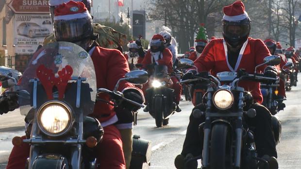 Świetna atmosfera, blisko 2 tys. motocyklistów i tysiące osób na trasie - za nami 15. edycja Mikołajów na Motocyklach.