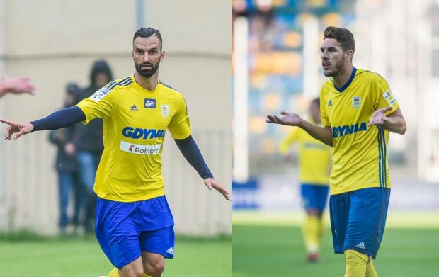 Tomasz Kosut (z lewej) i Alvaro Rey (z prawej) rozwiązali kontrakty z Arką Gdynia przed terminem.