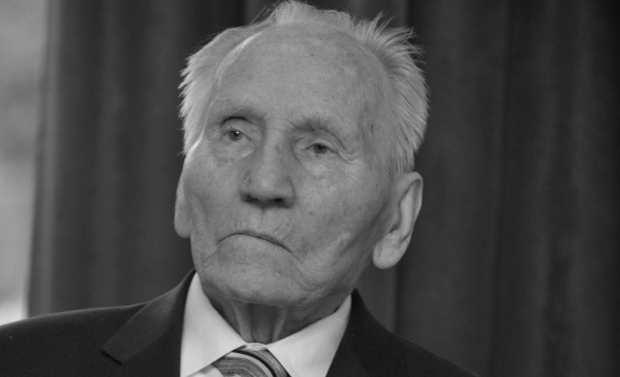 Zmarł Kazimierz Piechowski, więzień obozu Auschwitz