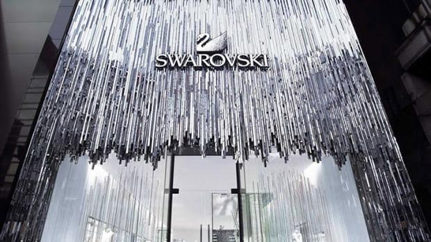 O lokalizację centrum Swarovski rywalizowaliśmy podobno z Pragą i Krakowem, a pomógł nam... bursztyn, którego stolicą jesteśmy, i duże tradycje jubilerskie.