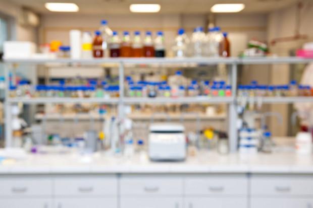 Badania nad nowotworami oraz nowymi technologiami kwantowymi to wyzwania, jakie podejmą trzy międzynarodowe centra naukowe, które powstaną w Polsce.