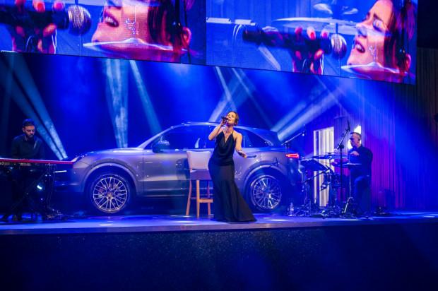 Premierę Porsche Cayenne uświetnił koncert Anny Karwan.