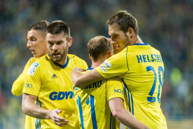 Fredrik Helstrup w oficjalnym meczu Arki Gdynia nie strzelił jeszcze gola, ale w Jarocinie do duński obrońca zapewnił zwycięstwo nad Miedzią Legnica, wyręczając m.in. nieobecnego w tym sparingu Rafała Siemaszko.