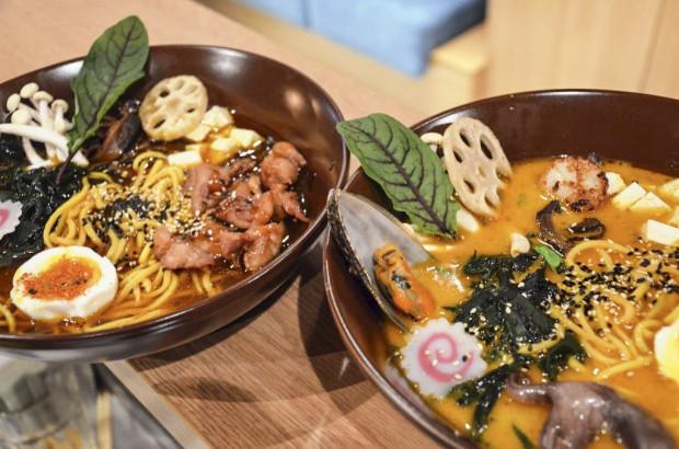 Ramen w Izakaya Sushi Bar. W najbliższy weekend w lokalu drugą porcję zamówimy za pół ceny.