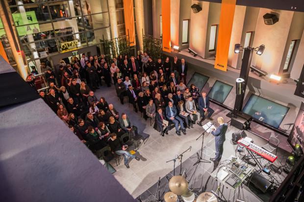 Nowa kameralna przestrzeń artystyczna ASP pomieścić może do 200 osób. Jednak organizatorzy zakładają w nich udział od 50 do 100 widzów.