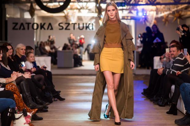 Zwyciężczynią I edycji projektu została Julia Jakubowska za projekt płaszcza.