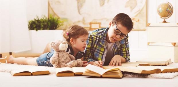 Edukacja domowa jest formą kształcenia, w której odpowiedzialność za proces nauczania dzieci w miejsce szkoły biorą na siebie rodzice lub prawni opiekunowie.
